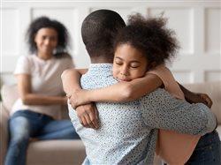 Cómo encontrar recursos de salud mental para niños y familias