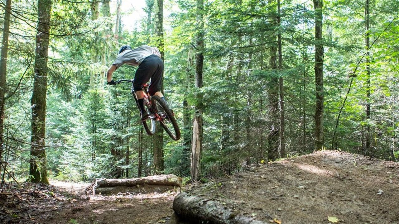 20e0e7c9004 As the mountain biking capital of the Adirondacks, New York's Whiteface  Region is best experienced on two wheels. Whether you're just starting out  or ready ...