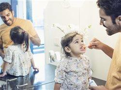 Celebra el Mes de La Salud Bucal en Junio con Estos Consejos para que toda la Familia Tenga Sonrisas Saludables