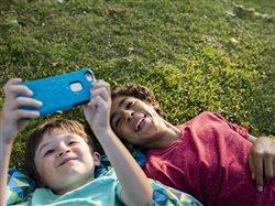 Cinco razones convincentes para incluir el servicio móvil prepagado en el presupuesto familiar