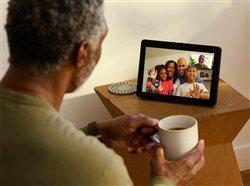 Agilice sus labores festivas con tecnología Alexa de vivienda inteligente